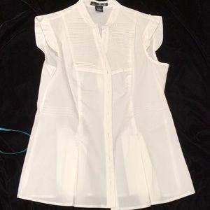 NWOT sleeveless v-neck button- up pintuck blouse